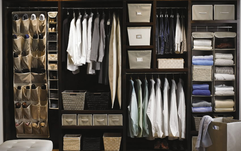 Wonderful Modern Walk in Closet Design Black Wardrobe Ideas